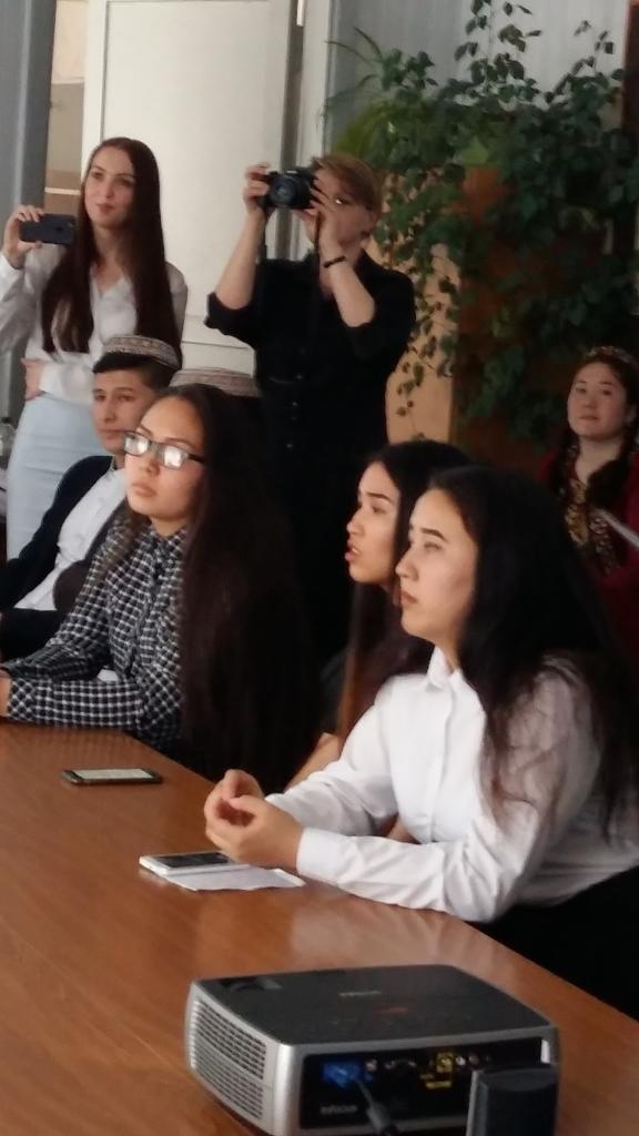 Поэтический конкурс для иностранных студентов в КГУ